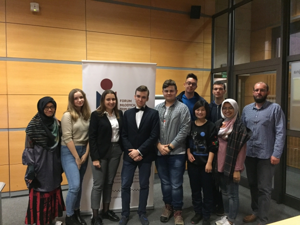 FMD Kraków: Empowering youth - Model United Nations talks